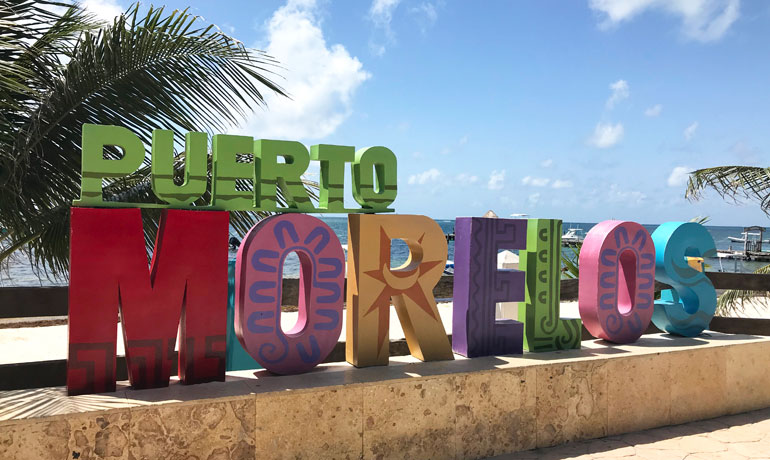 reasons to go to Puerto Morelos beautiful beach town