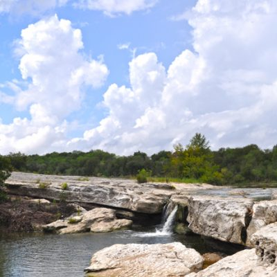 Hiking in Austin: 3 Easy Hikes Anyone Can Do