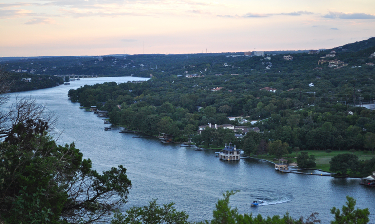 hiking in austin mount bonnell colorado river view
