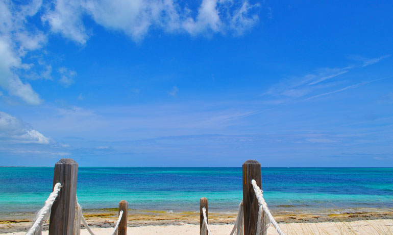 """best travel budget hacks avoid Caribbean during peak season"""" class=""""wp-image-1620""""/><figcaption>Photo credit: Nikki's travels. Traveling to the Caribbean during budget-friendly off season"""