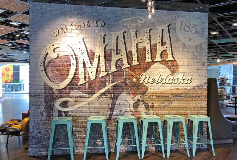 welcome to Omaha Nebraska mural