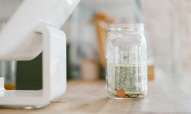 how to start saving money desk and computer money in jar