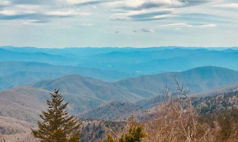 blue ridget mountains near Asheville North Carolina