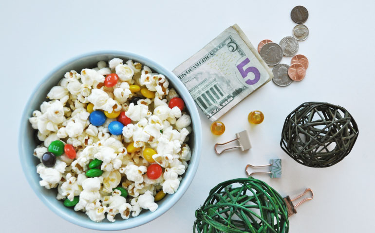 popcorn money and decor