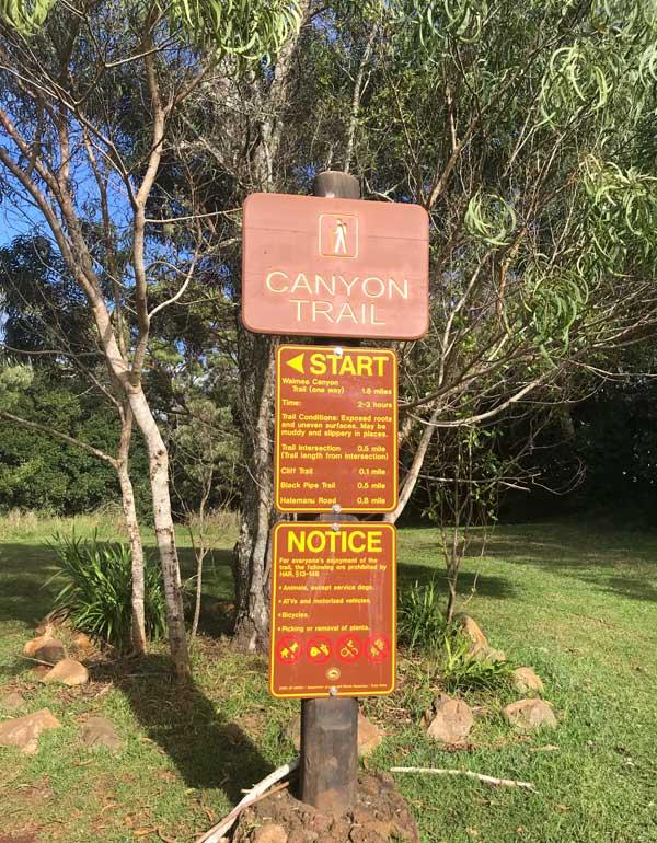 Canyon Trail Trailhead sign