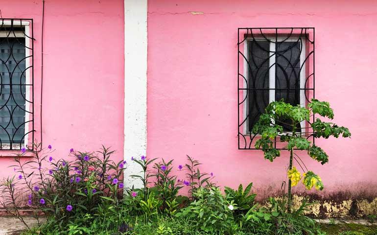 pink house in San Ignacio