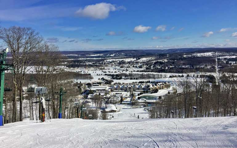 skiing on Boyne Mountain