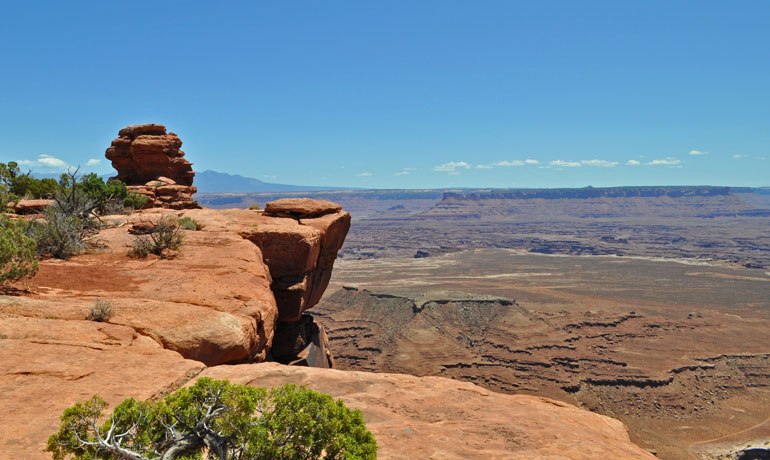 white rim trail view of mountains in distance