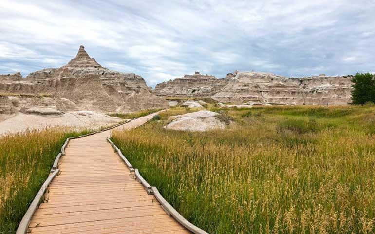 spring break ideas for families on a budget badlands national park