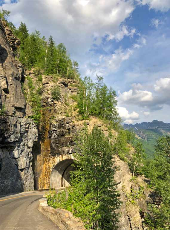 going to the sun road tunnel
