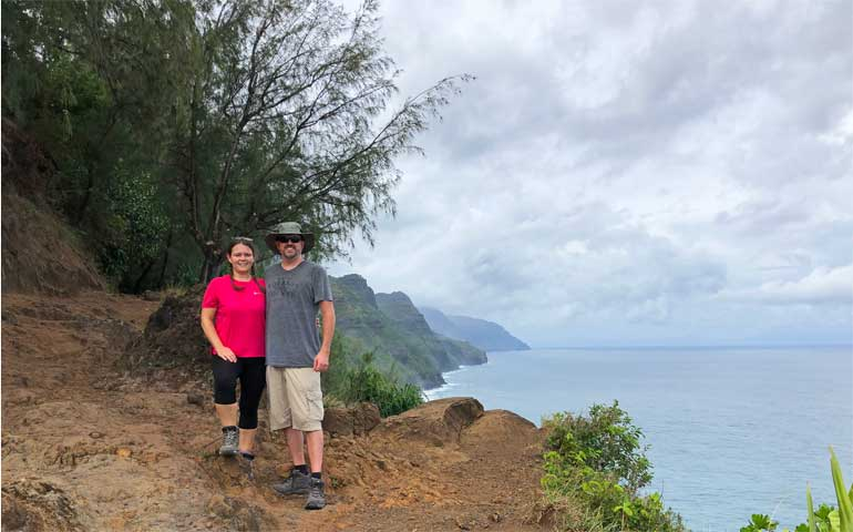hiking kalalau trail first lookout