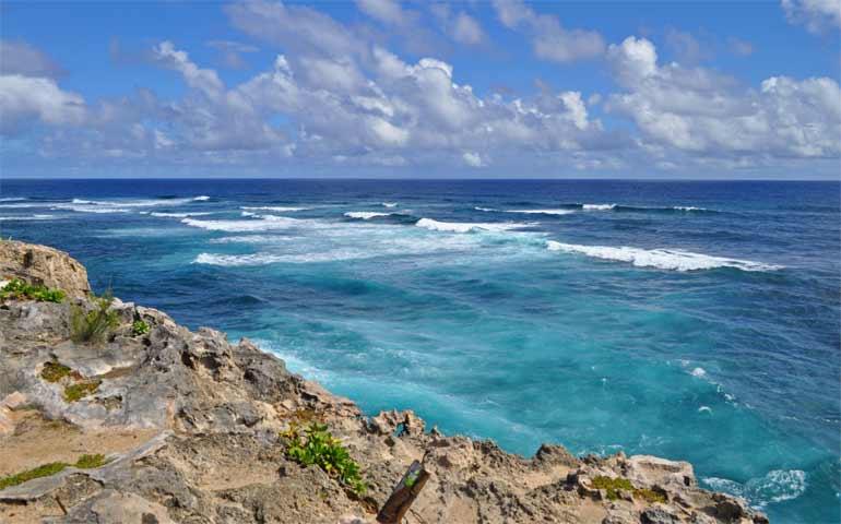 deepest blues in Hawaiian islands at Mahaulepu Heritage Trail