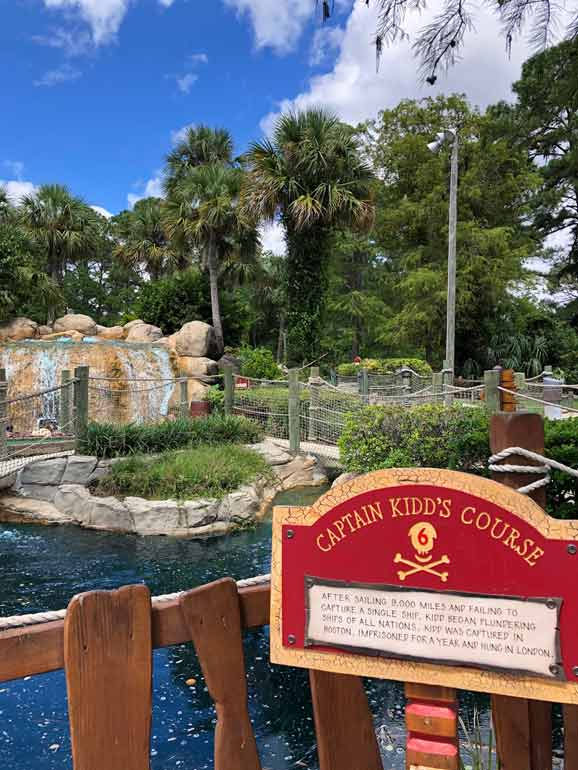 gulf shores vacation view of mini golf