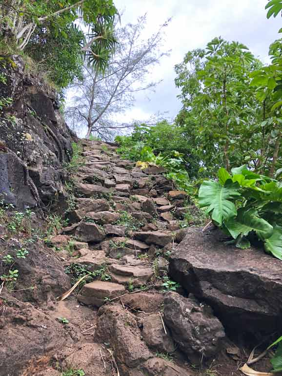 hiking the napali coast