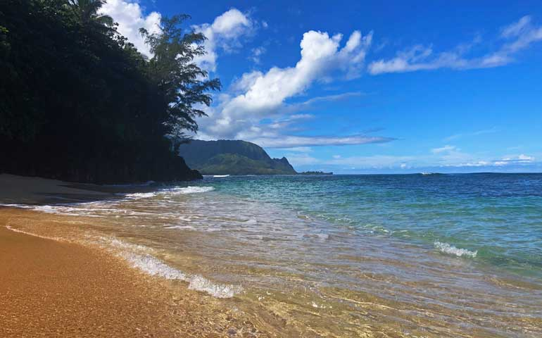 snorkeling beaches kauai