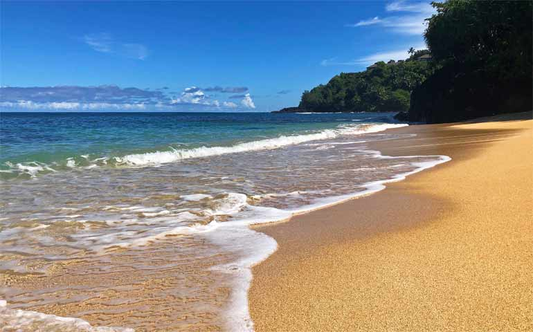 best swimming beaches in kauai for swimming