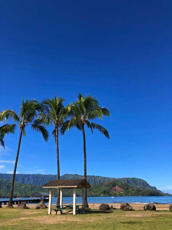 hanalei bay beach kauai