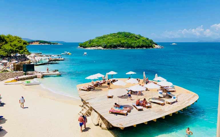 beautiful beach destinations for cheap