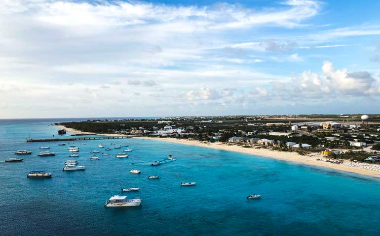 things to do in turks and caicos cockburn town
