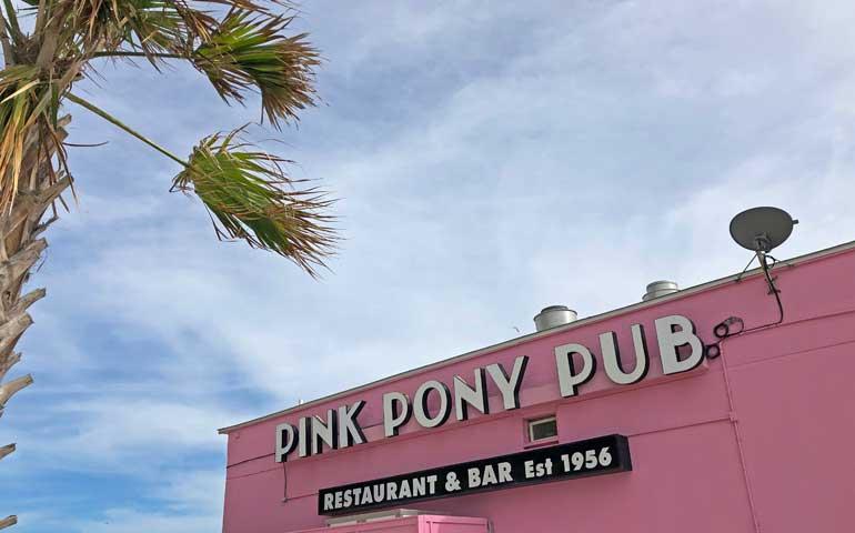 pink pony pub beachside