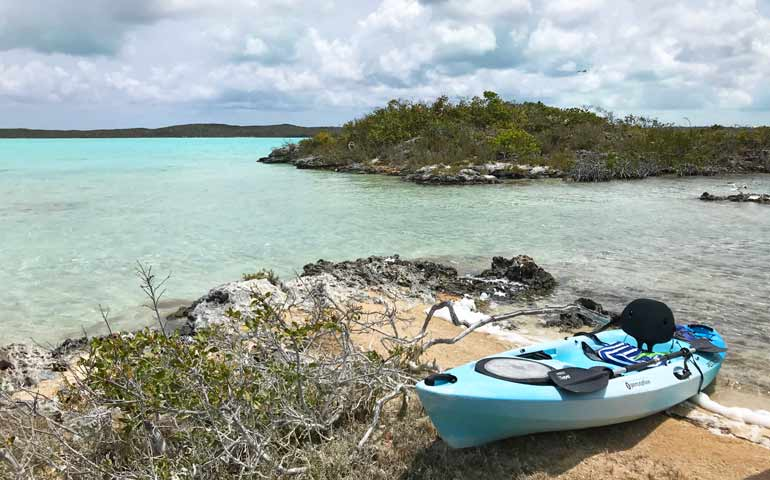 things to do in turks and caicos kayaking