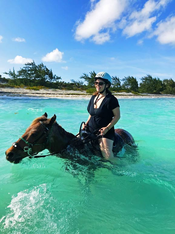 riding horses turks and caicos activites