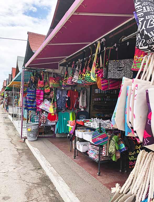 shopping in Oranjestad aruba