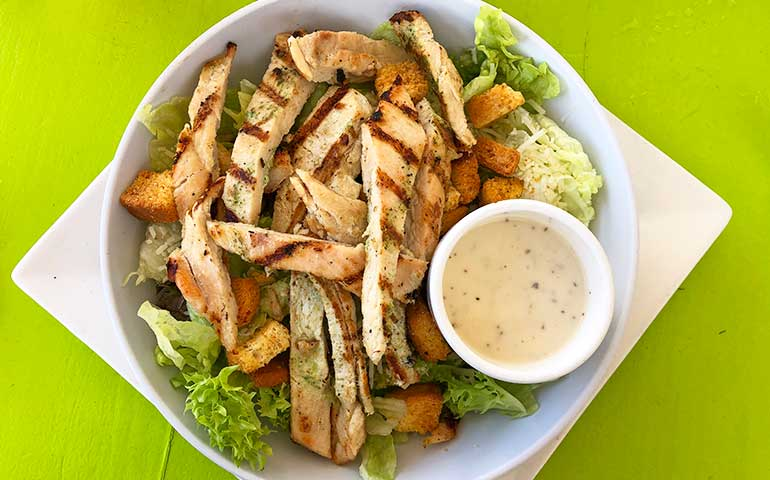 romaine salad with chicken