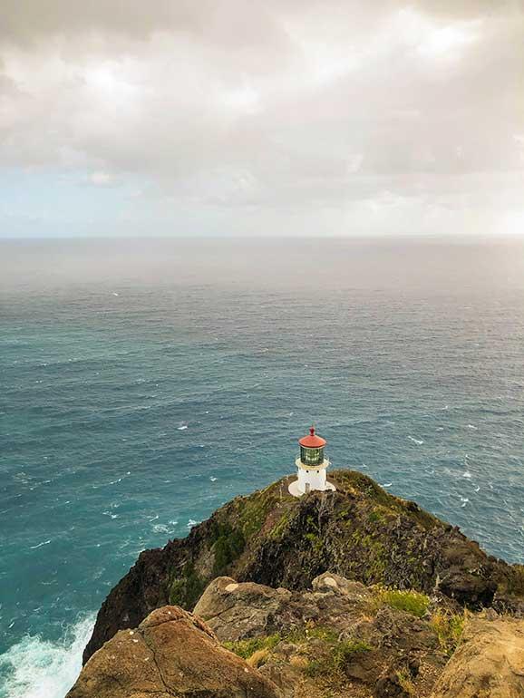 best Oahu hikes lighthouse trail