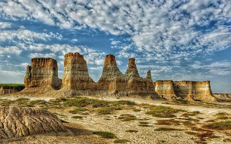 midwest hikes monument rocks Kansas