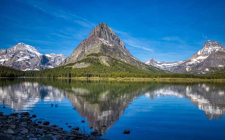 Swiftcurrent Lake glacier np