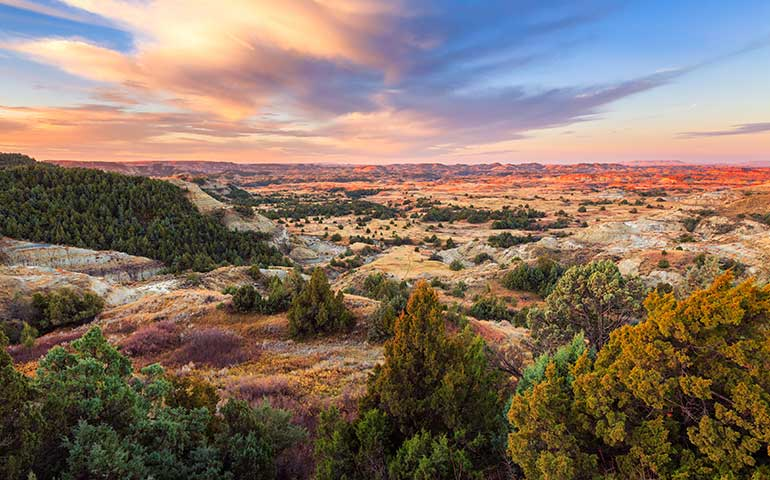 hiking destinations in the midwest Theodore Roosevelt national park