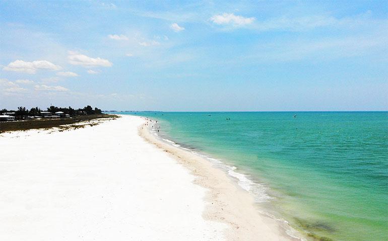 beaches on the gulf coast Anna Maria Island
