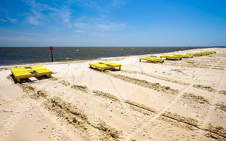 beaches on the gulf coast - Gulfport MS