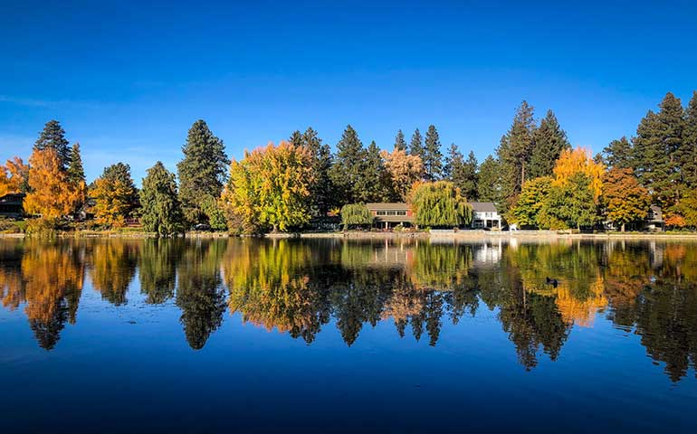 best fall vacations in us