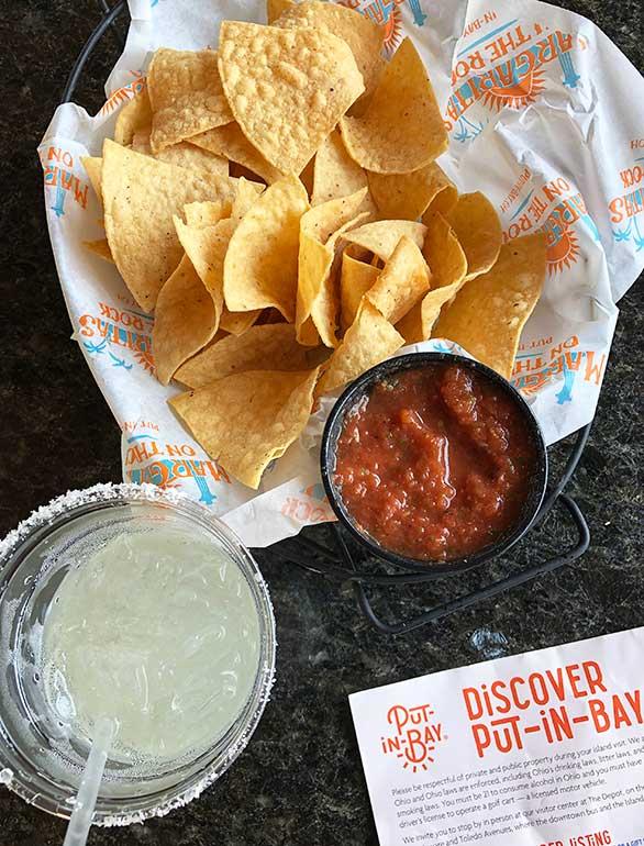 restaurants put in bay chips salsa margarita