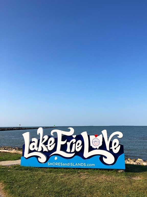 Lake Erie love sign