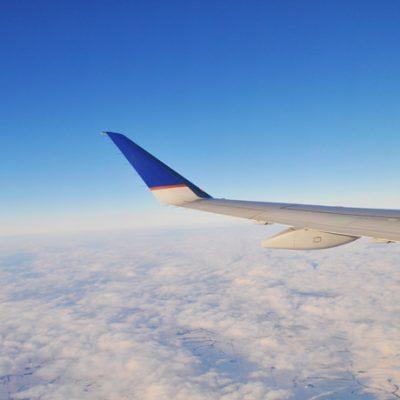 10 Tips for Long Flights